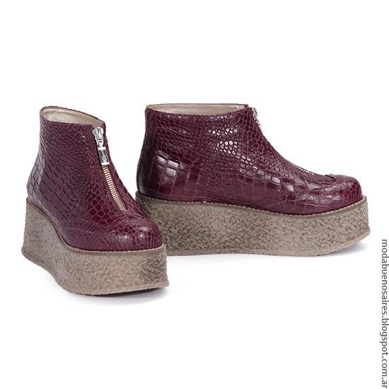 Viamo otoño invierno 2016 botas y zapatos de mujer de cuero.
