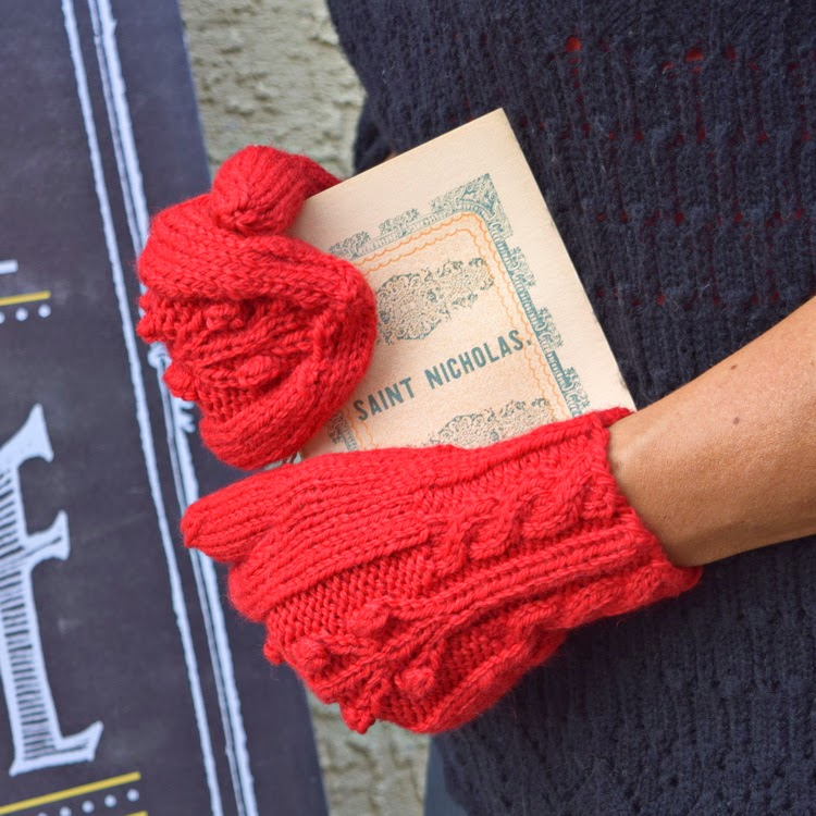https://www.etsy.com/listing/153244761/cable-knit-mittens-wool-red-christmas?ref=shop_home_active_9