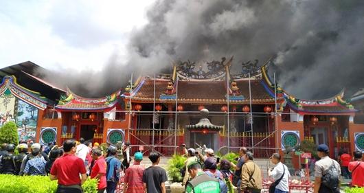 Vihara Samudra Bhakti Terbakar saat Kapolda Jabar Meninjau