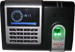 Nơi cài đặt Máy chấm công đảm bảo uy tín và nhanh nhất TPHCM