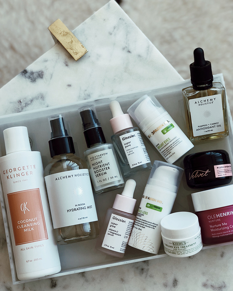 Ultimate nighttime skincare routine @heleneisfor: Georgette Klinger Cocnut Cleansing Milks, Alchemy Holistacs in Bloom Hydrating Mist, Glossier Super Pure serum, Fig & Yarrow Night Nutrient Booster Serum, Glossier Super Glow Serum, Goldfaden MD Needle-Less Line Smoothing Concentrate Hyaluronic acid, Velvet Skin Moisturizing Beauty Balm, Ole Henriksen Nurture Me Moisturizing Creme, Alchemy Holistics  Pumpkin + Carrot Antioxidant Oil