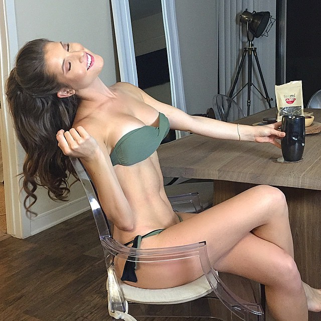 Fitness Model Amanda Cerny