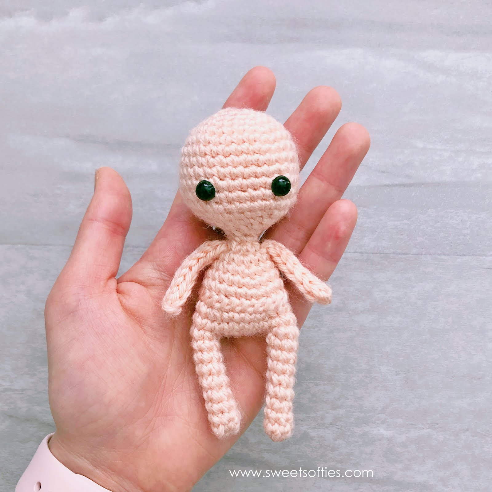 Crochet Amigurumi Doll (dressed as frog) - Part 1 - YouTube | 1600x1600