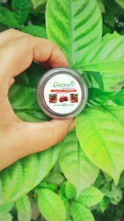 Greenviv Herbals Strawberry and Beetroot Natural Lip Balm Review