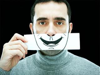 Berikut ini 7 Tips Buat Kalian Untuk Menentukan Seseorang itu Sedang Berbohong atau Tidak!