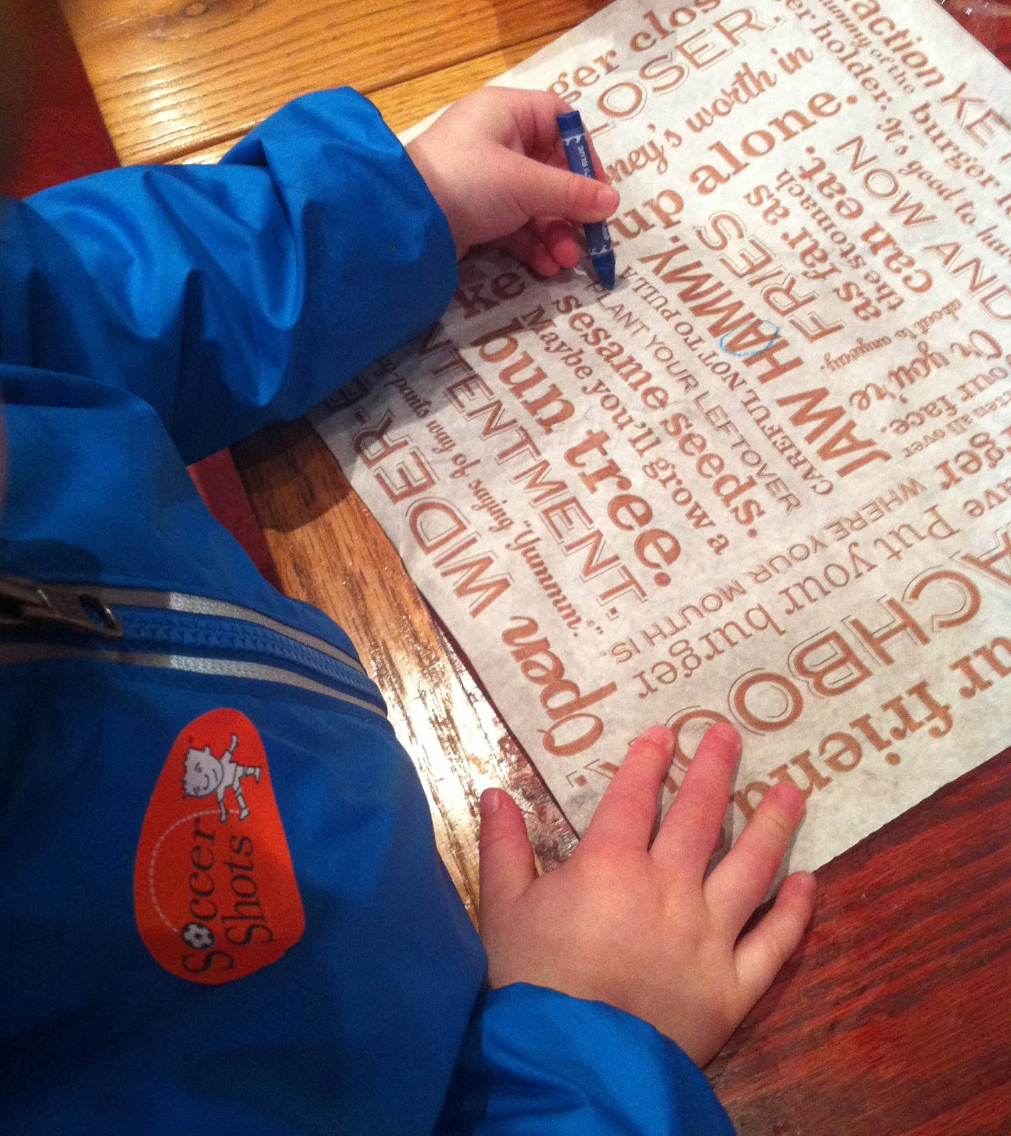 10 restaurant waiting games to play with kids - repeat crafter me