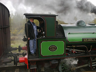 Ian H taking Cochrane onto the main line at Terrace Junction at the start of the day