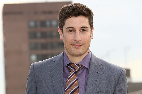 Jason Biggs has apologized for a joke on the collapse of the Malaysian Boeing
