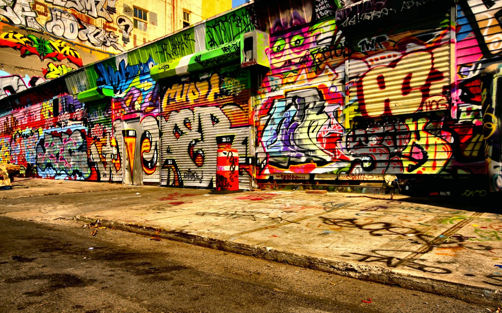 urban graffiti art wallpaper - photo #24