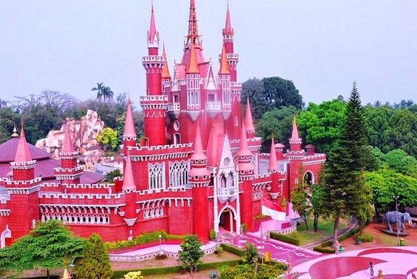 Pesona Keindahan Wisata Istana Anak Anak Indonesia Di