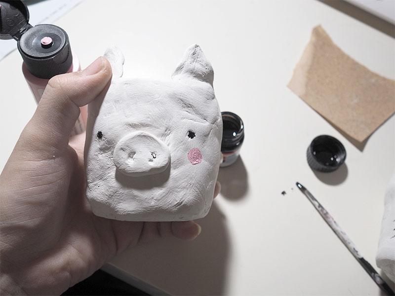 KuneCoco • DIY • Schweine-Blumentopf • Farbig anmalen