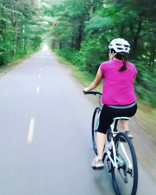 Faire du vélo sans se blesser grâce à la physiothérapie