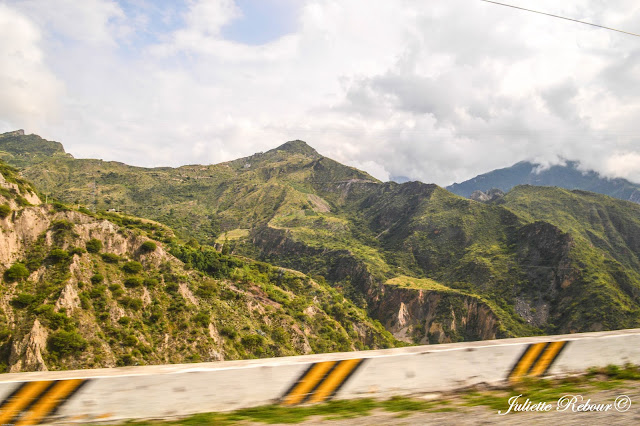 Route dans la Vallée Sacrée