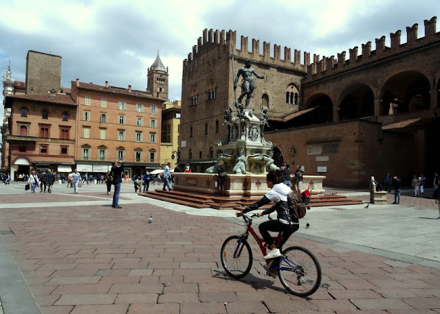 Bologna, Italy: Fountain of Neptune