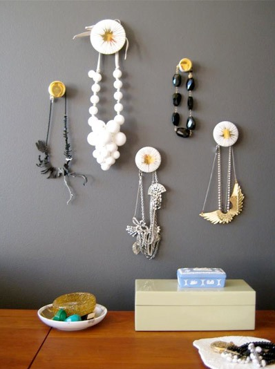 kreatív otthoni ékszertartó