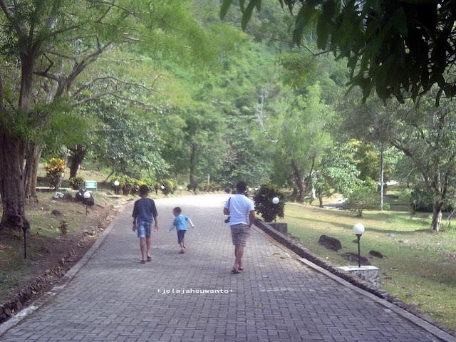 Sumpangbita Prehistoric Park, Pangkep || JelajahSuwanto