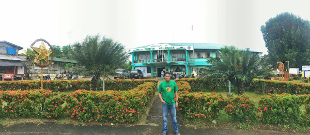 Nueva Valencia Municipal Hall. Nueva Valencia is home to Alubihod Beach and is one of best beach destinations in the province of Guimaras. It is the Agri-Tourism Capital in Guimaras