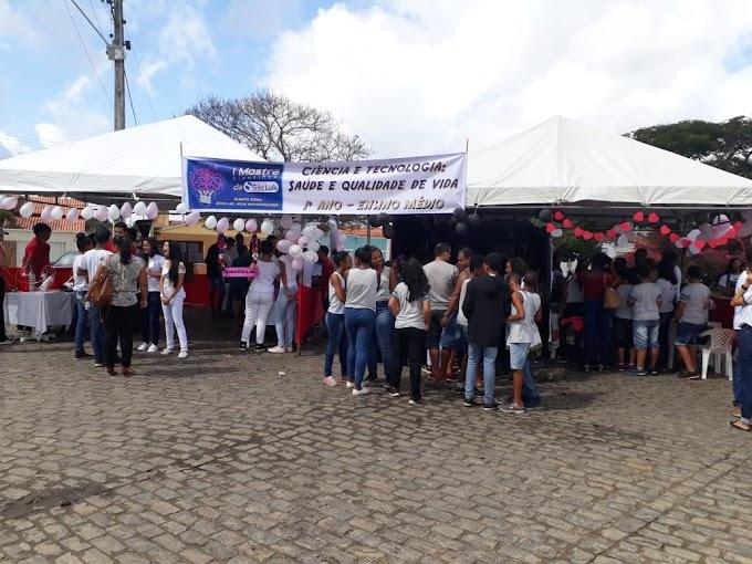 Escola São Luis, realiza Primeira Mostra Científica