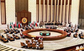 சவுதியில் நடைபெற்ற  GCC கூட்டத்தில் கத்தார் அதிபர் கலந்து கொள்ளவில்லை! தொடரும் முருகல்!