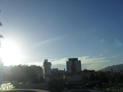 Hoy tengo cliente satisfecho, por que, en Inmobiliaria Milagros Fernández – MFDINERO complacemos a los cliente, bien sea comprador y propietario..0212.4223247/04123605721