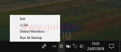 Menu contestuale pulsante Win10 BrightnessSlider nell'area di notifica della barra delle applicazioni di Windows10