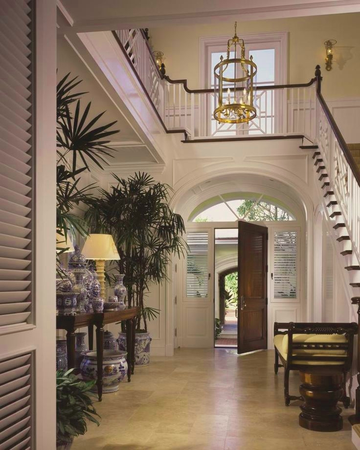 Eye For Design: The Timeless Appeal Of White Foyers