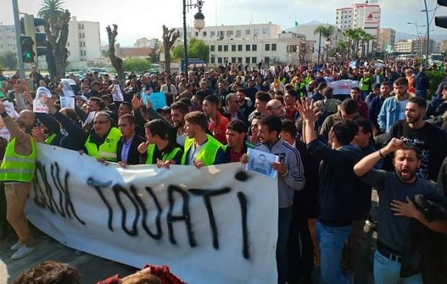 Marche des libertés : Merzouk Touati