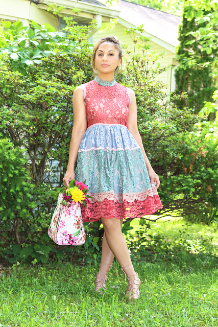 Multi-colors lace dress
