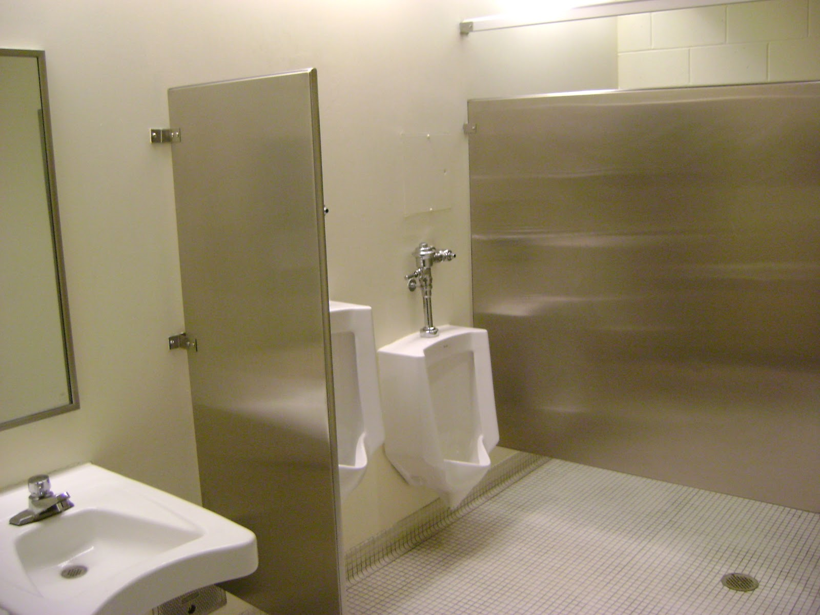 This Was The First Concert I Ve Ever Attended Where Bathroom Vacant While Opening Act On