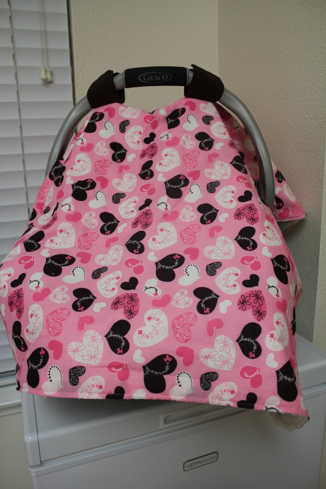 Momma's Playground: DIY Car Seat Cover