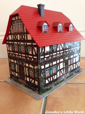 Review - Medieval House 3D puzzle from Ravensburger