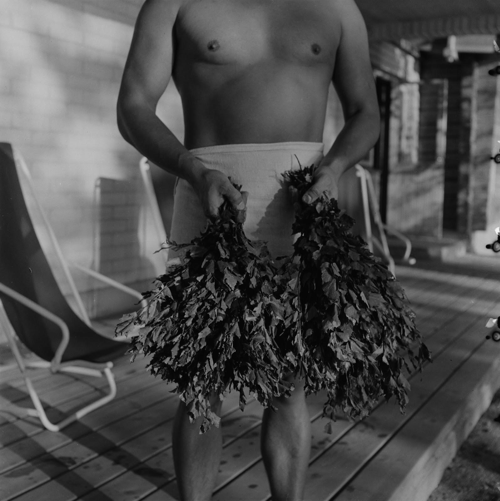 iso homo kaunis mies eroottiset vaatteet