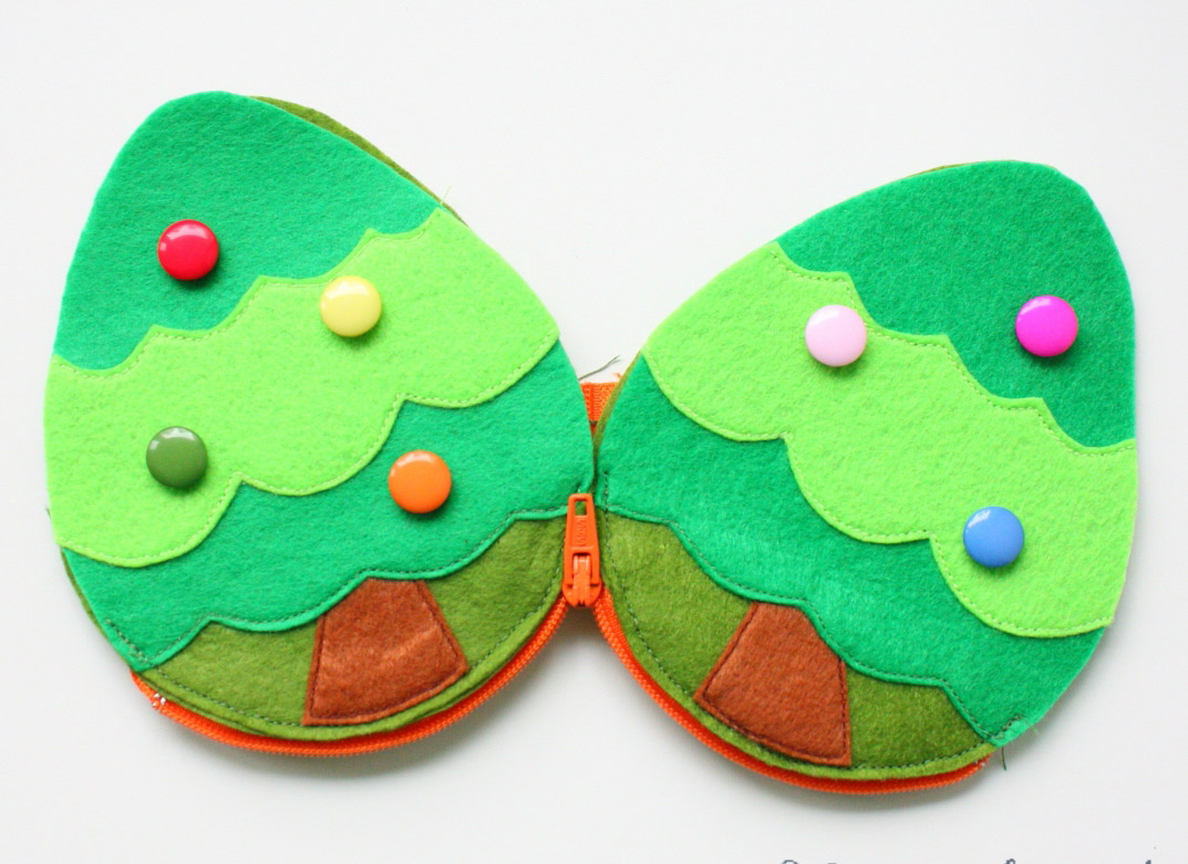 Felt Zipper Pouch Coin Purse Christmas Tree. Pattern & Tutorial in Pictures.