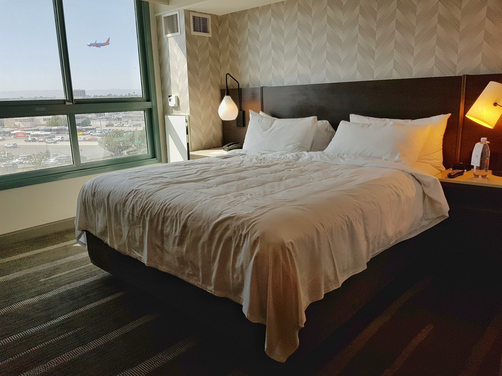 9th Stay:Renaissance Los Angeles Airport Hotel