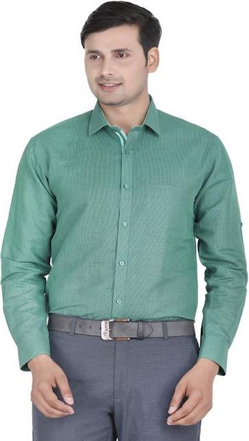 Yeşil gömlek resmi giyim kombini