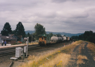 Burlington Northern Caboose #12510 in Kelso, Washington