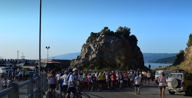 """Αθλητές και από την Αργολίδα έτρεξαν """"Με θέα το Αιγαίο"""""""