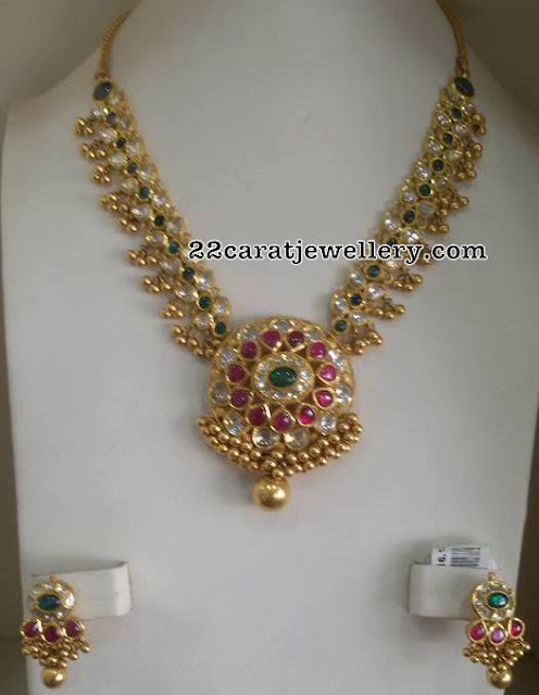 Pachi Necklace with Gold Muvvalu