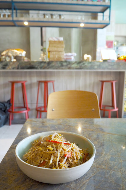 Full of Luck Club review HK-style Singapore Fried Vermicelli