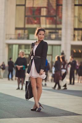 Уличная мода жакет с легким платьем