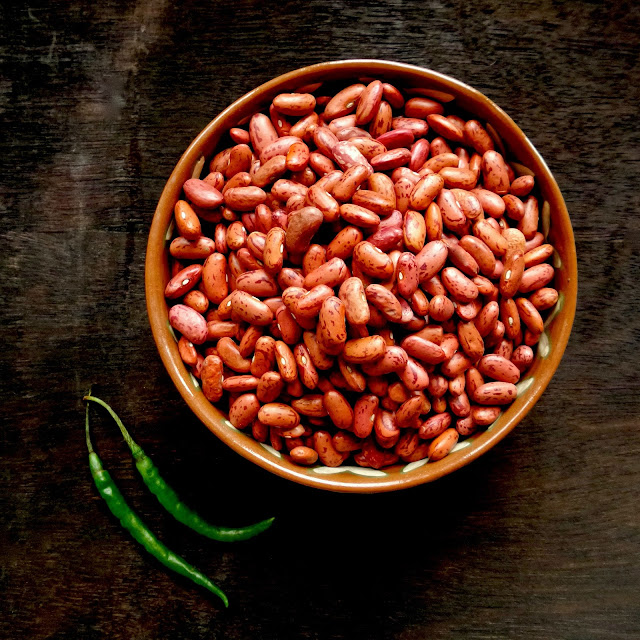 mexican style beans, frijoles, mexican, pinto, simi, beans, vegan, vegetarian, pinto beans, authentic, easy, simple, pressure cooker,
