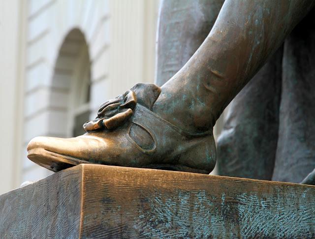 John Harvard's Toes
