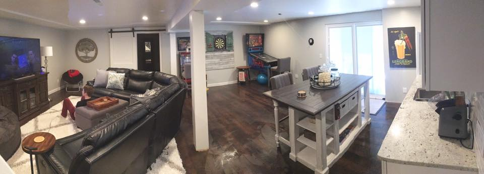 Superbe Note: This Is A Real Life Quick Cell Phone Panoramic Photo, Not  Realtor Staged, Complete With My Son Watching A Movie And Freshly Mopped  Floors After His ...