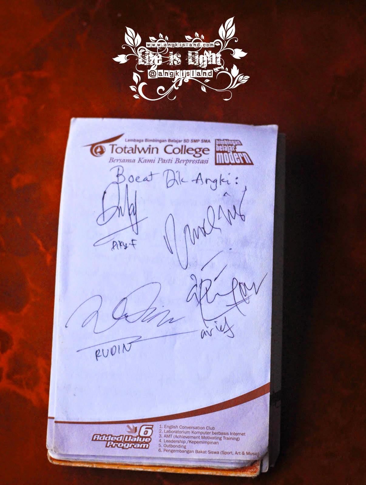 tanda tangan Fatih