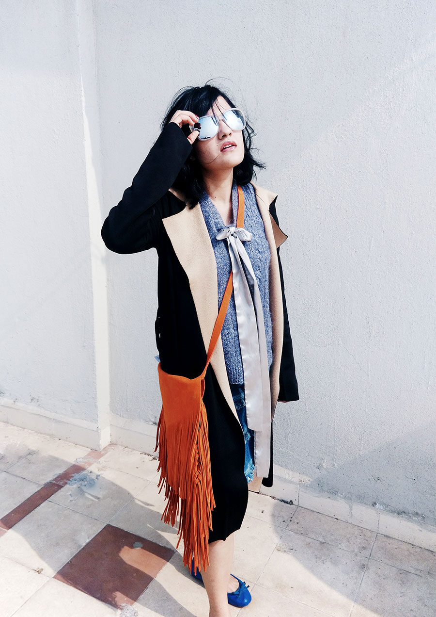 Michael KorsSunglasses,Mango Knit Black Duster Coat,Fringe Skirt,Topshop Orange Suede Bag,Mango Ballet Flat