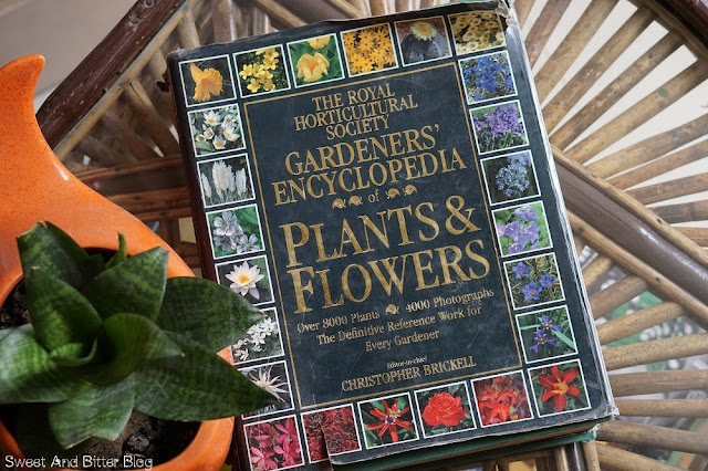 The Royal Horticultural Society Garderns Encyclopedia Plants and Flowers Christopher Brickell