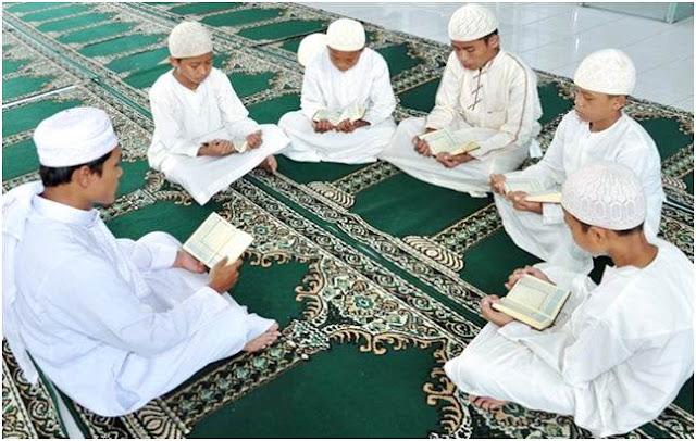 Ini 15 Fakta Mengapa Gerakan Menghafal Qur'an Di Indonesia Bisa Berkembang Pesat