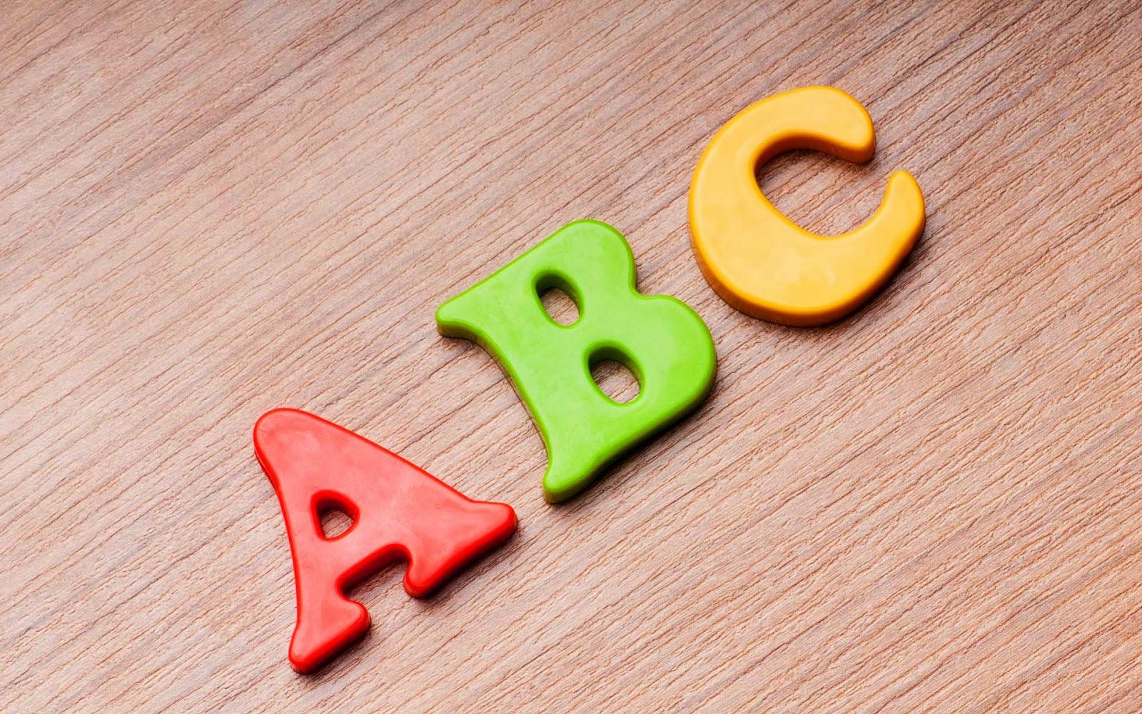 foto letters abc hout