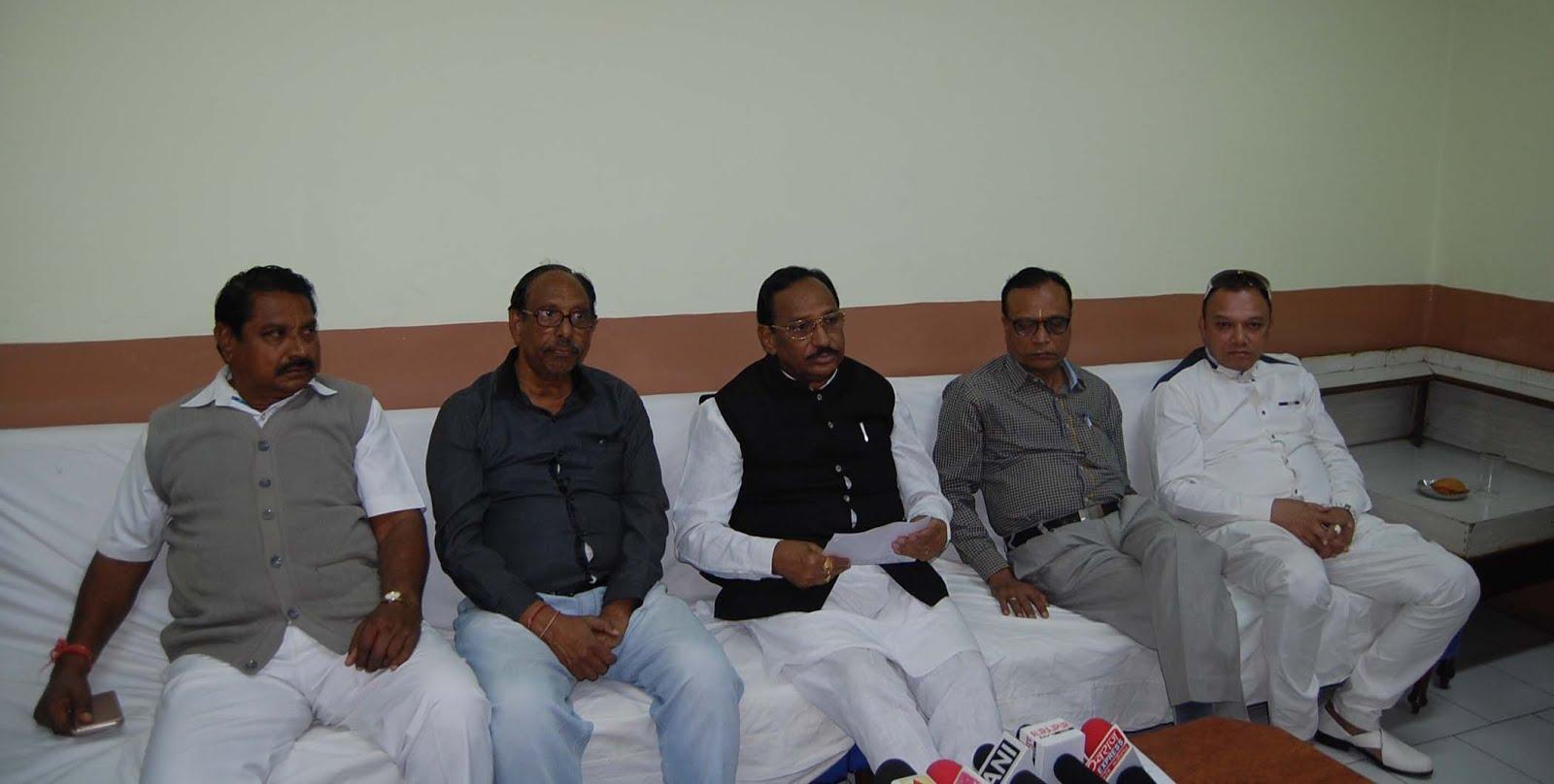 शिवराज सरकार के 12 वर्षीय कार्यकाल को लेकर क्षेत्रीय सांसद भूरिया ने की प्रेस-कान्फ्रेंस-Regional-MP-Bhuria-press-conference-on-the-12-year-tenure-of-Shivraj-Sarkar
