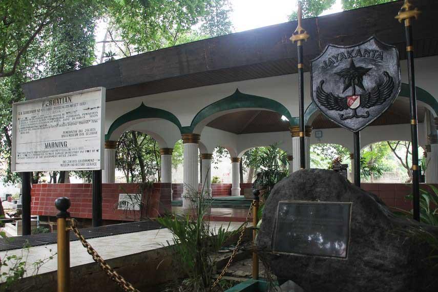Wisata Ziarah di Makam Pangeran Jayakarta Jakarta